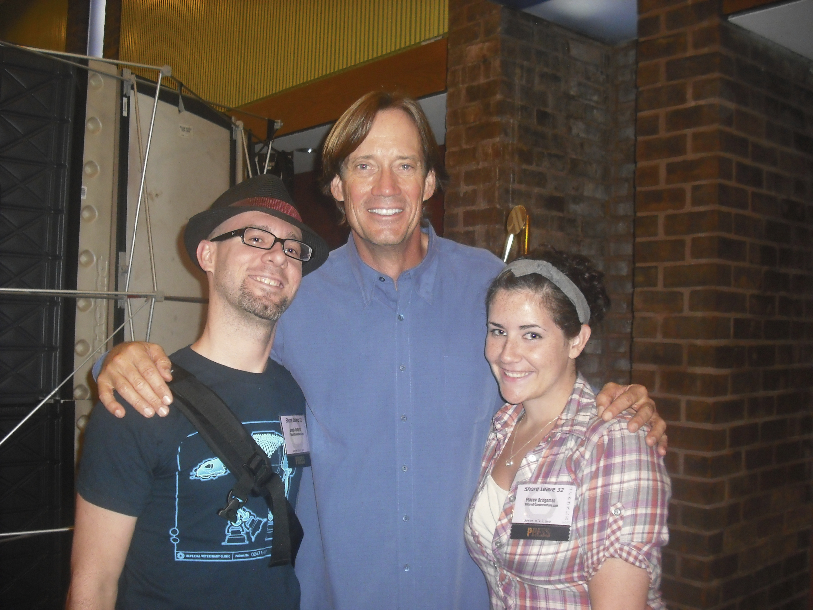 Stacey, Joey, and Kevin Sorbo at Shore Leave 32, photo courtesy Joey DeMarco (all rights reserved)