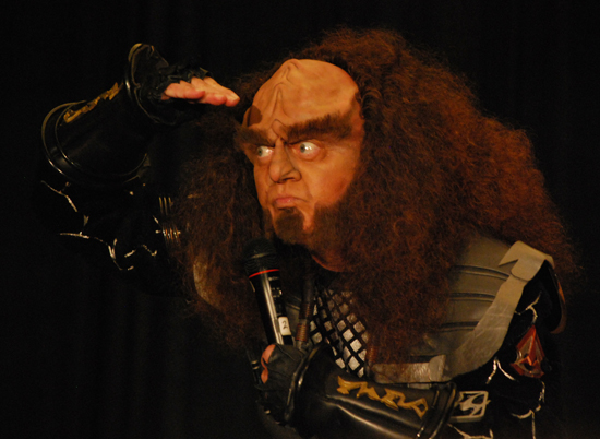 Robert O'Reilly as Gowron at Dragon*Con 2010
