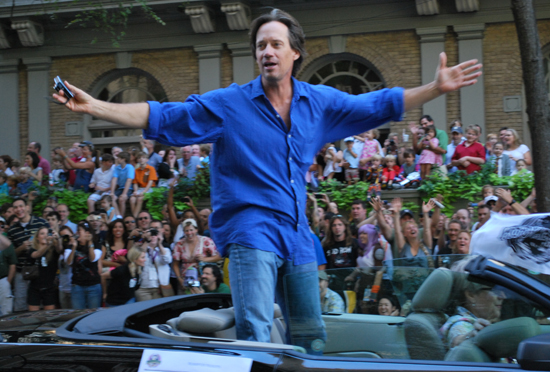 Kevin Sorbo in the Dragon*Con 2010 Parade