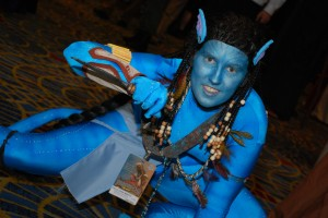 Dynamic Avatar cosplayer (photo by Kelly Rowles)